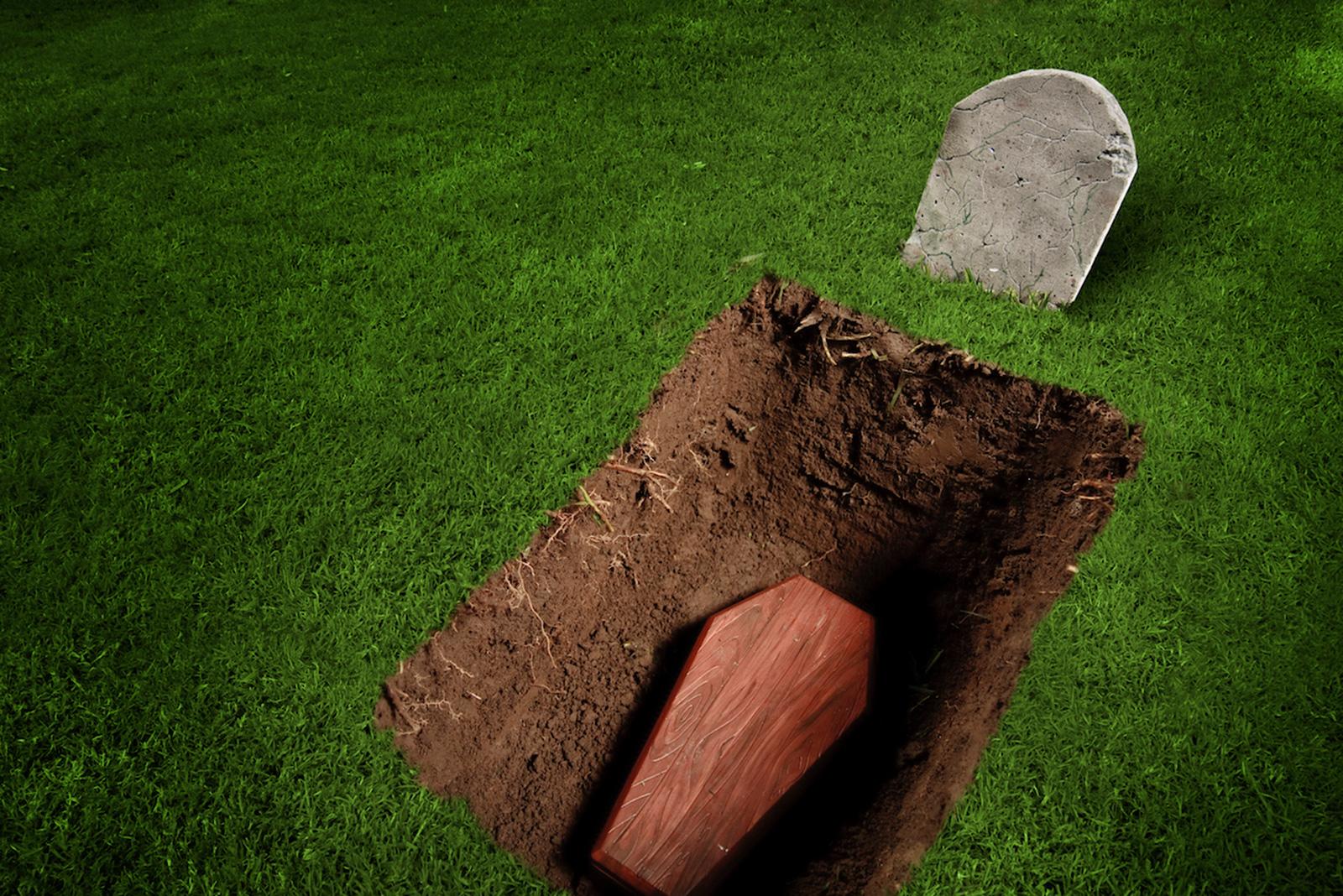 Если закопать фото живого человека на кладбище что с ним будет