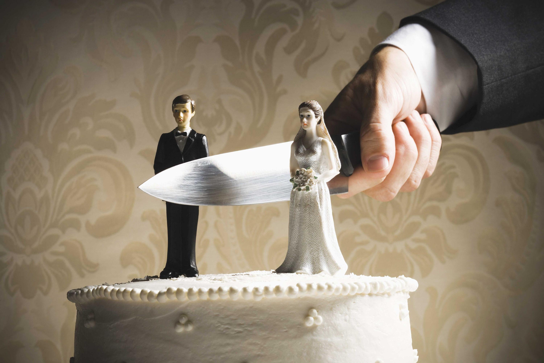 Как сделать отворот своей жены от себя
